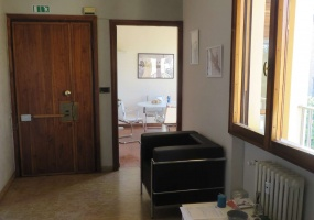 Viale Viale Belfiore,Viale Belfiore,Firenze,Italy 50144,2 BathroomsBathrooms,Commerciale,Viale Viale Belfiore,2,55
