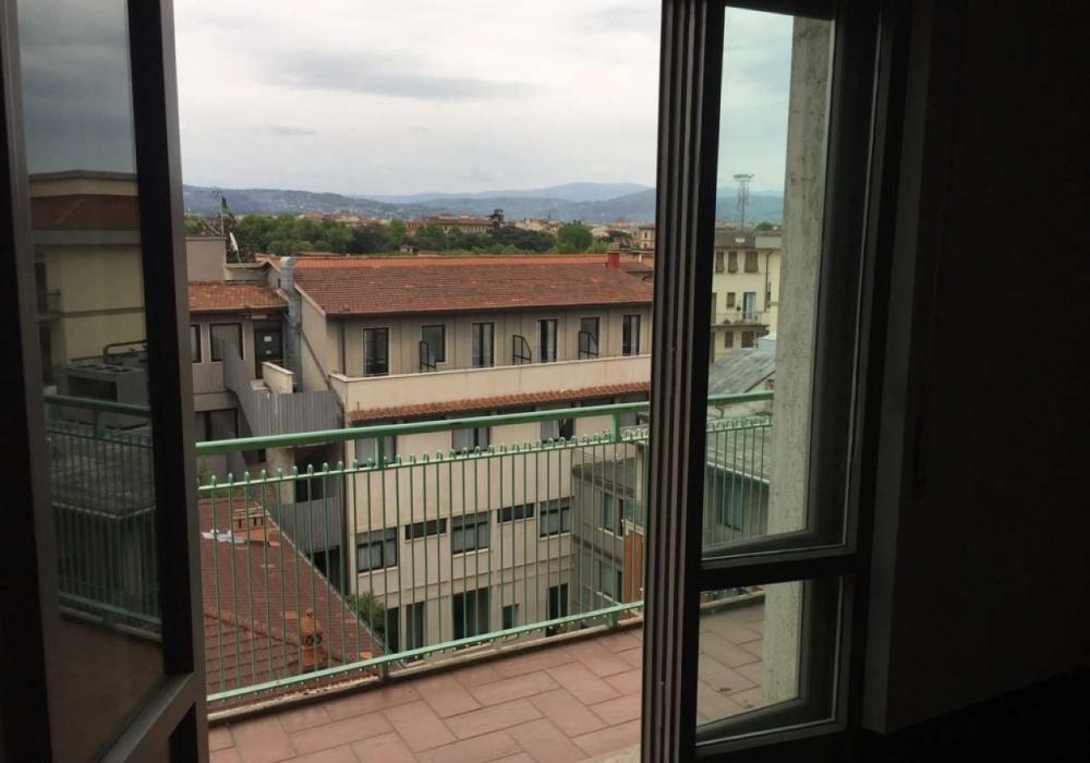 Via Guido Monaco,Fortezza da Basso,Firenze,Italy 50144,2 Rooms Rooms,1 BathroomBathrooms,Residenziale,Via Guido Monaco,5,70