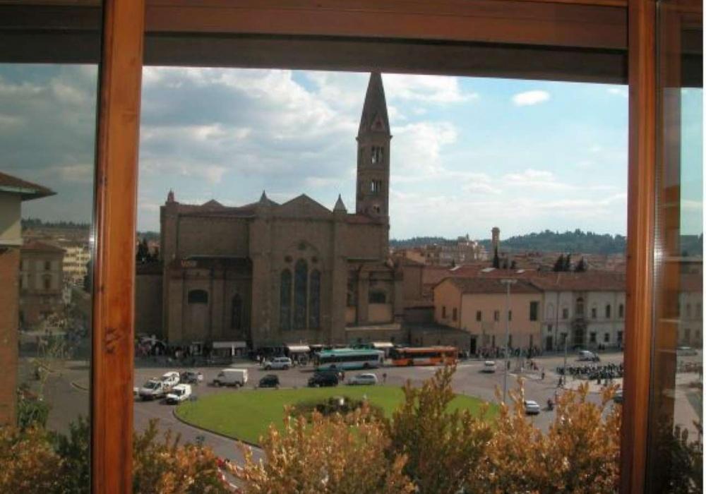 Piazza Stazione,Piazza Stazione,Firenze,Italy 50123,Commerciale,Piazza Stazione,3,79