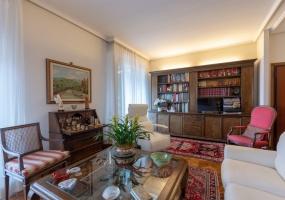 Via del Lasca,Cure Alte,Cure Alte,Firenze,Italy 50133,2 Rooms Rooms,2 BathroomsBathrooms,Residenziale,Via del Lasca,4,40